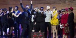 Danzad Malditos, al recibir el premio. Foto: @Enrique Cidoncha. Fundación SGAE
