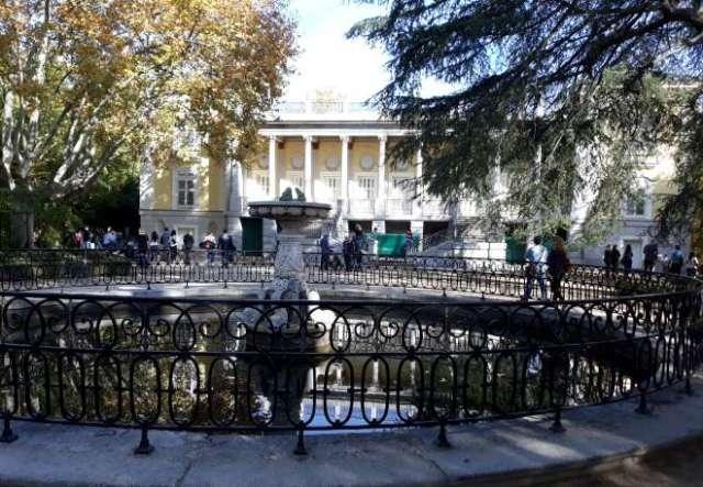 palacio capricho parque capricho fachada