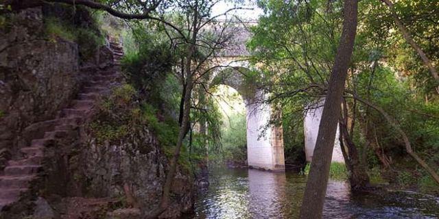 ruta senderismo a la cascada del hervidero