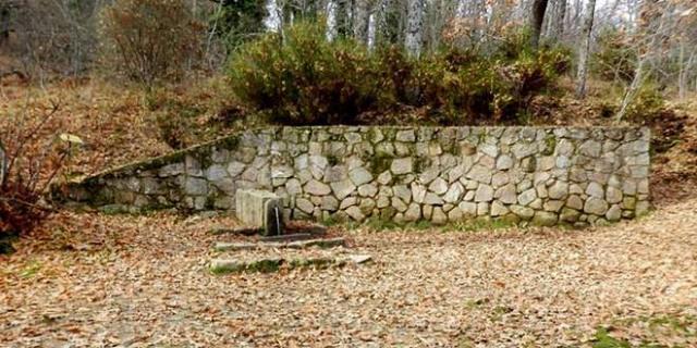 Fuente de la Reina en la Ruta al bosque de la Herrería