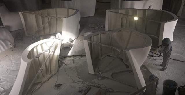 julia estatua en colón construcción