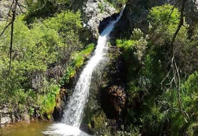 cancho litero cascada villavieja del lozoya