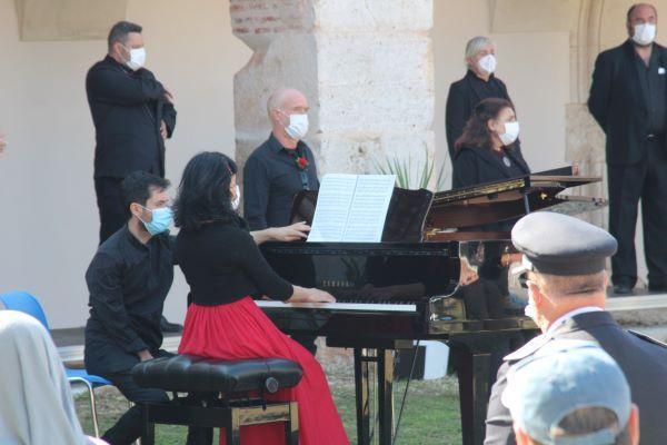 nuevo baztán pianista a villa voz