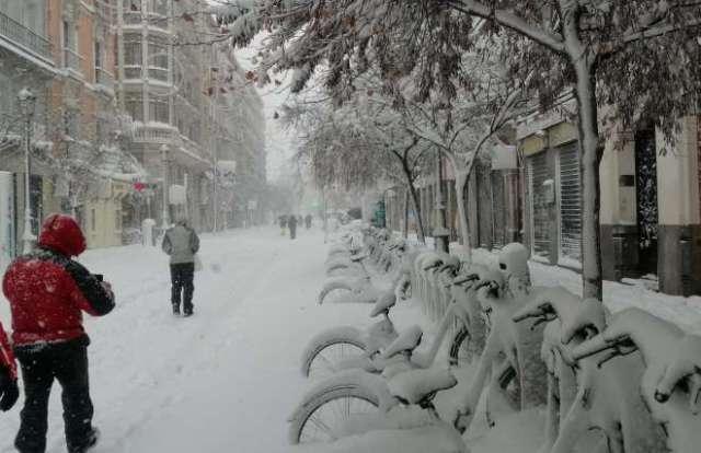 nieve en madrid 2021 calle mayor