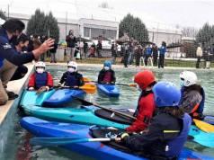 Clases de piragüismo en la nueva escuela piragüismo Puerta Hierro