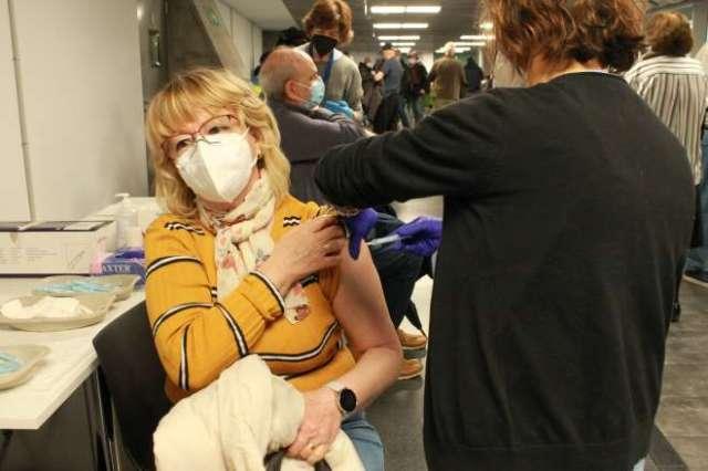 wizink center centro vacunación vacunada 1