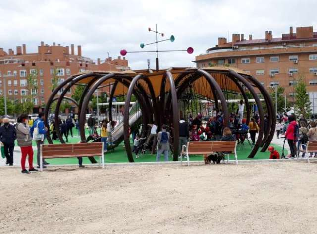 parque moratalaz abierto cuña verde juegos