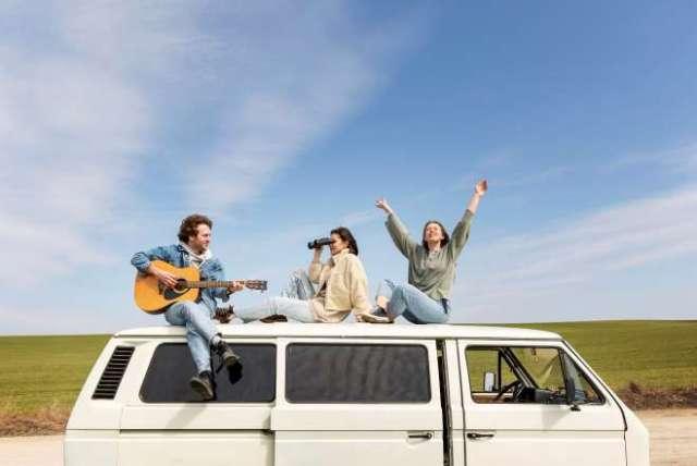 viajar 2021 verano amigos-vacaciones ok
