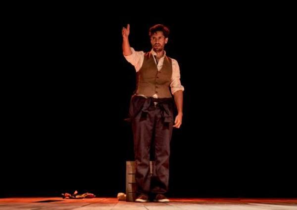 Juan Diego Botto en la obra 'Una noche sin luna'