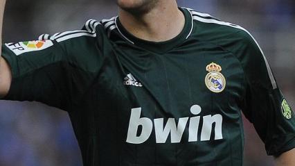 Publicidad del Real Madrid en sus camisetas (desde abc.com)