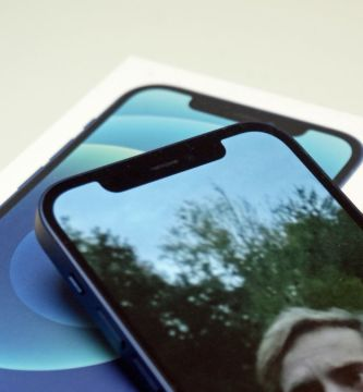 iPhone 13 notch: will Apple switch to an under-display camera in 2021?