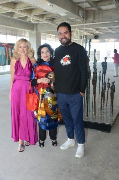 Claudia Peña, Lorraine Pinto y Octavio Avendaño