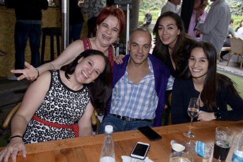 Mónica Sins, Alicia Páramo, Alex González, Ximena Castro y Tania González
