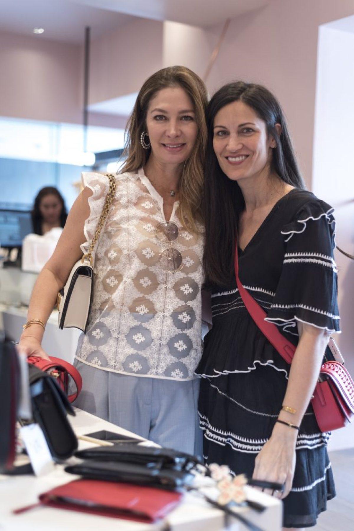 Marlene de Garza y Yliana Yepes1