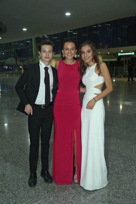 Juani Franco, Camila Olhovich y Naghume Henkel.