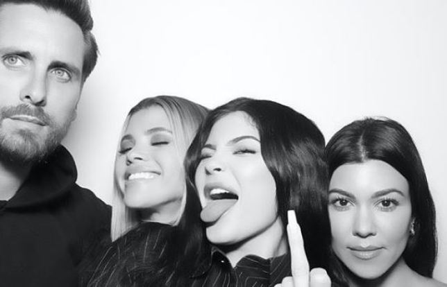 Scott-Disick-Sofia-Richie-Kylie-Jenner-and-Kourtney-Kardashian-47cf