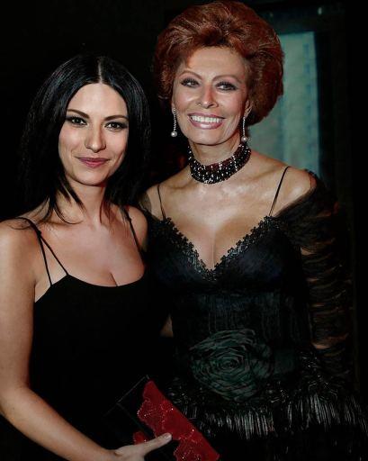 Laura Pausini y Sophia Loren.