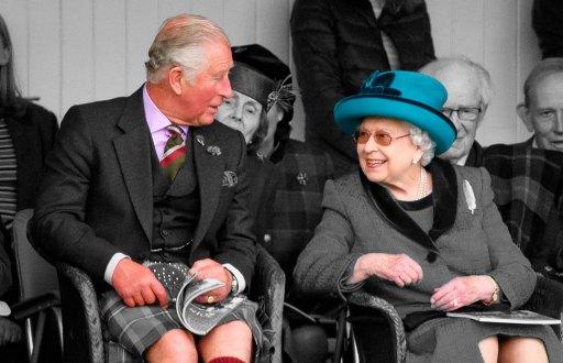 Príncipe-Carlos-y-Reina-Isabel