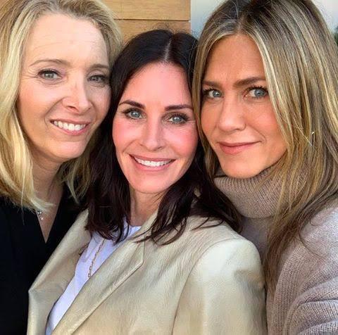 Chicas Friends: Lisa, Courtney y Jennifer