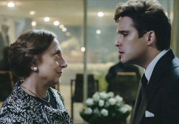 Matilde y Luis Miguel en la serie