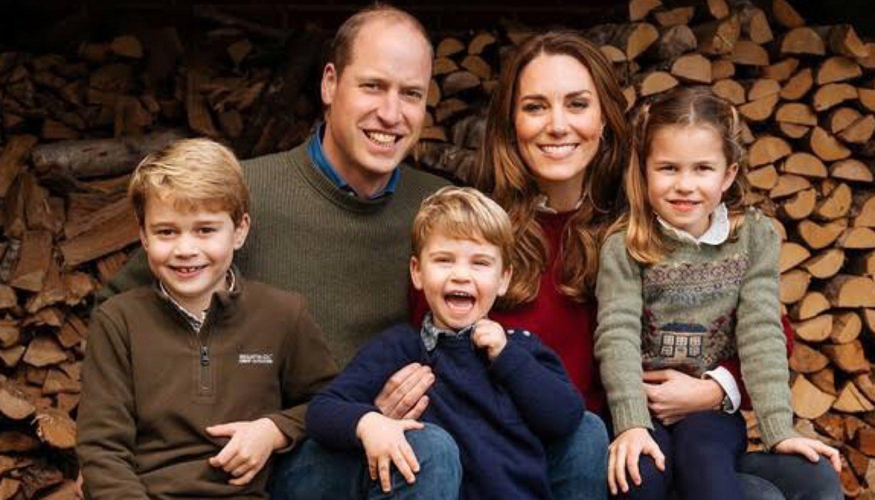 El príncipe William, su esposa Kate Midletton y sus hijos los principes George, Charlotte y Louis