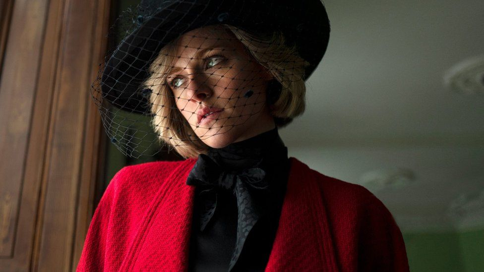 Kristen Stewart como la princesa Diana en Spencer