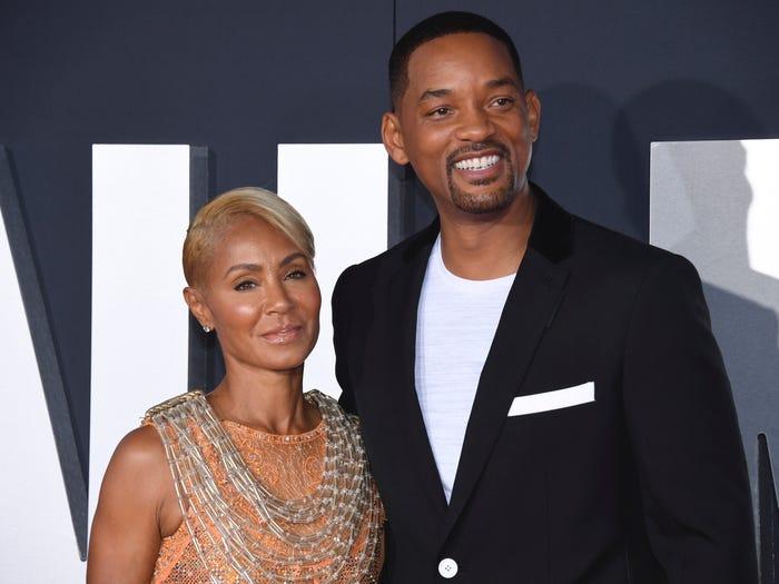 Will Smith declara que no tiene un matrimonio monógamo con su esposa.