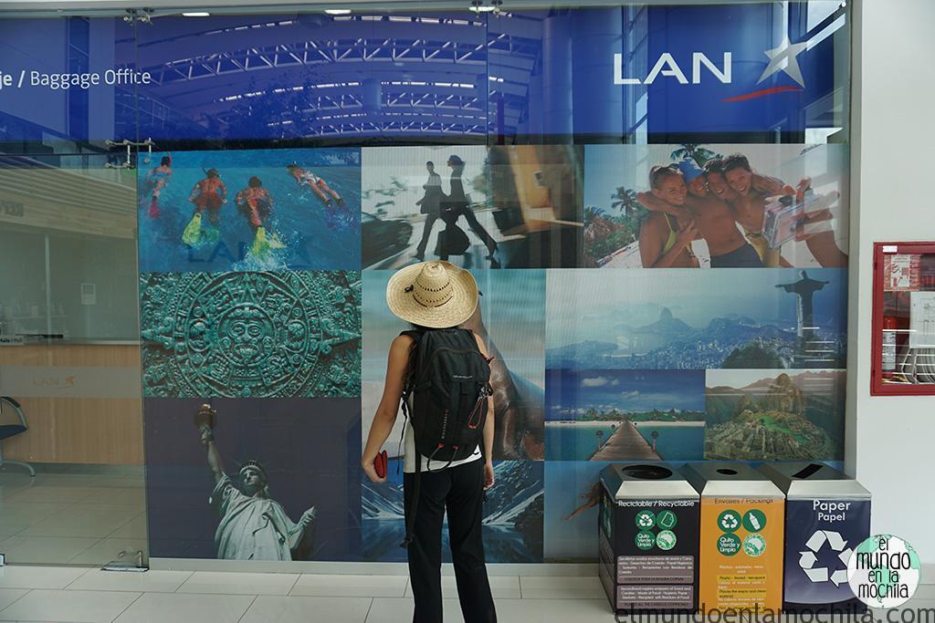 Gaby en el aeropuerto de Quito