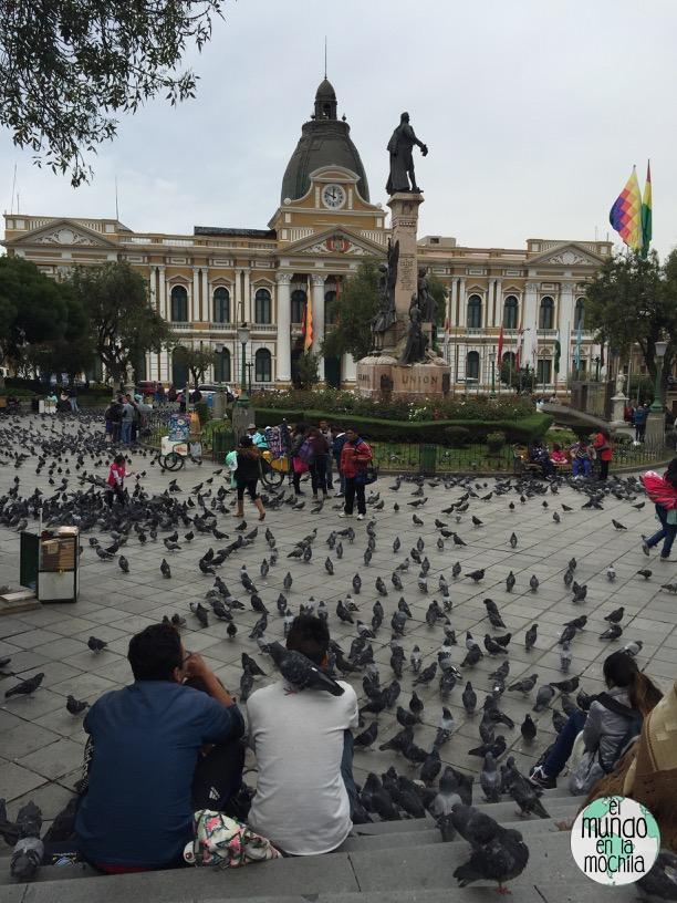 plaza_murillo_palomas_la_paz