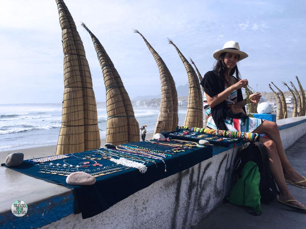 Gaby en Huanchaco, Perú - Los 10 mejores destinos mochileros de Sudamérica