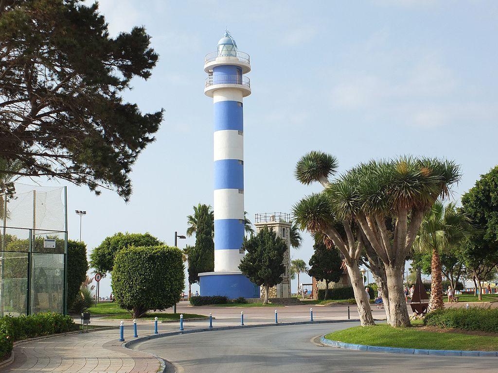 Farro de Torre del Mar en el Paseo marítimo.