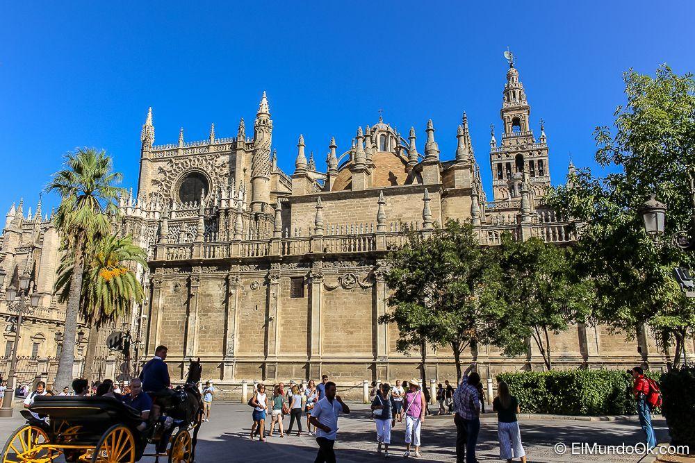 La Giralda de Sevilla en España.