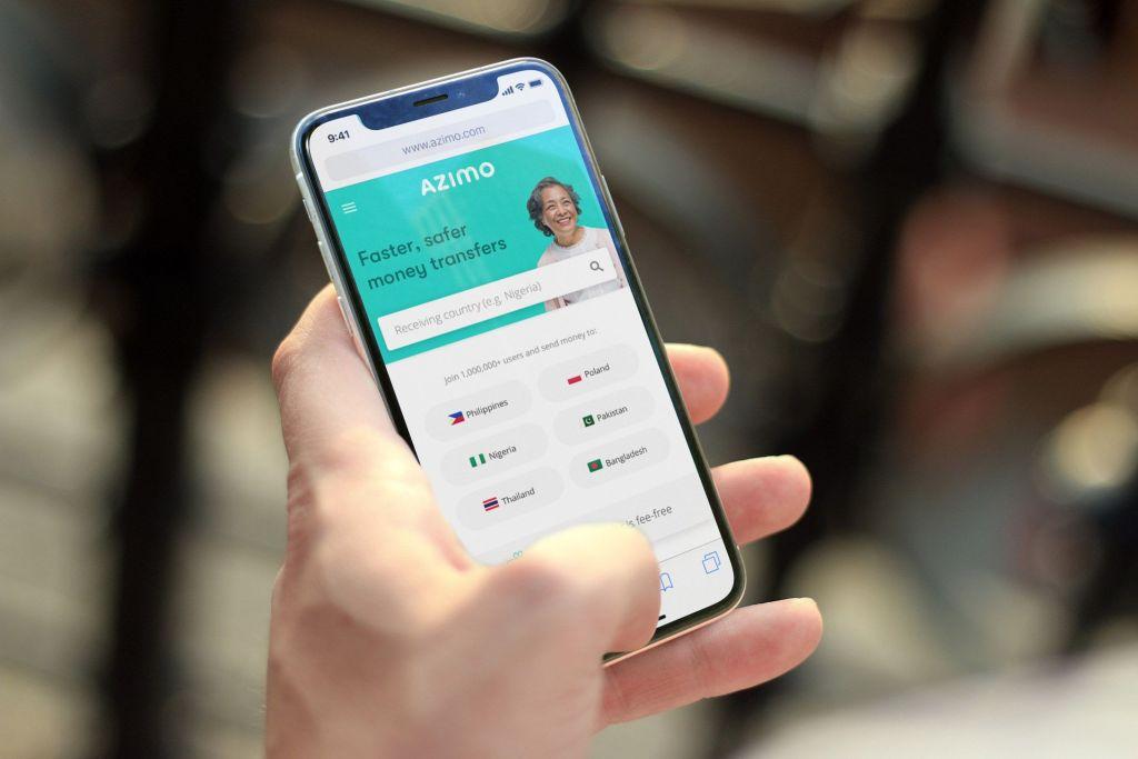 Enviar dinero online con la app de Azimo.