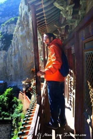 monasterio-colgante-datong-balcon