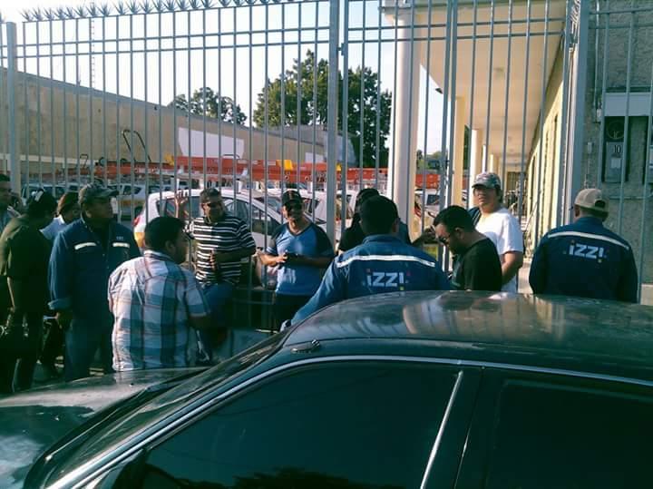 Empleados de Izzi en Nuevo Laredo se declaran en huelga