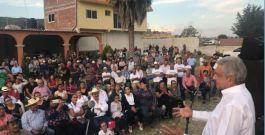 Convoca AMLO al pueblo de México debatir sobre la conveniencia de descentralizar el gobierno federal