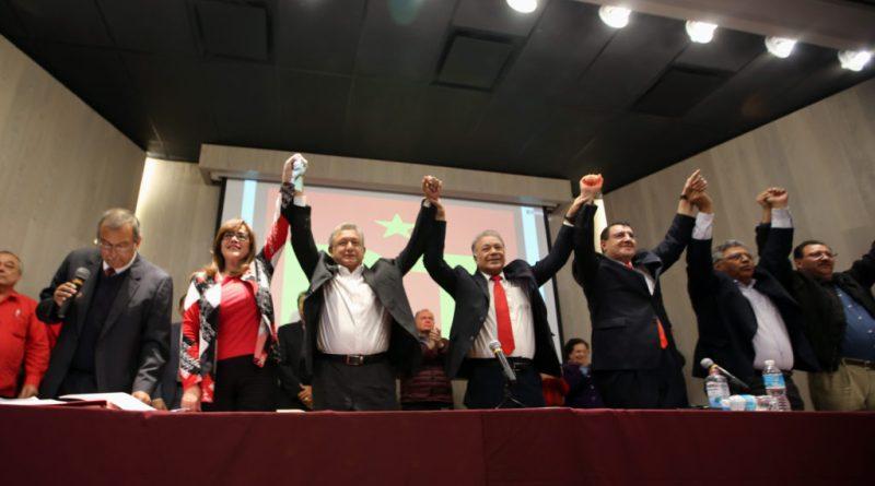 AMLO toma protesta como candidato del PT a la Presidencia de México