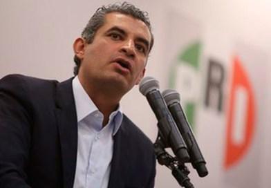 Diputados del PRI piden la renuncia de Enrique Ochoa