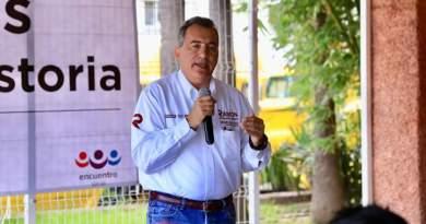 Creará Ramón Garza Barrios esquema de estímulos económicos para maestros