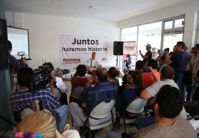 Se compromete Ramón Garza Barrios  a otorgar transporte gratuito a estudiantes