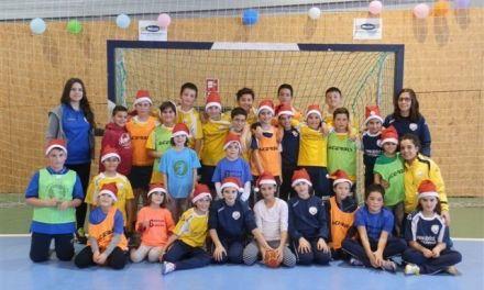 Victoria de los equipos femeninos del Club Balonmano Bullense antes de Navidad