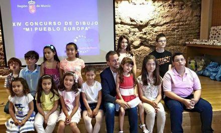 Dos alumnos del Colegio Antonio Machado de La Copa premiados en el concurso 'Mi pueblo, Europa'