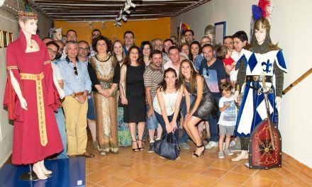 El Museo de la Fiesta de Caravaca acoge una exposición dedicada al 50 aniversario de los Caballeros de Navarra