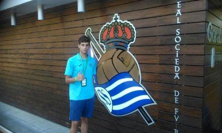 El calasparreño Ezequiel Martínez, en el prestigioso torneo internacional de fútbol Donosti Cup