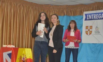 El alumnado del Jesucristo Aparecido de Moratalla recibe los títulos de idiomas