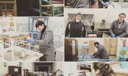 """El Proyecto Begastri cuenta con una nueva profesional para impartir clases en el taller de """"Restauración y reciclaje de muebles"""""""
