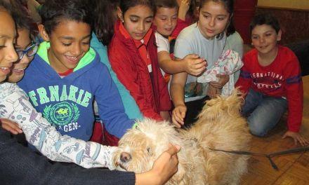 Los alumnos de 4º de Primaria de Cehegín reciben una charla sobre la concienciación del bienestar animal