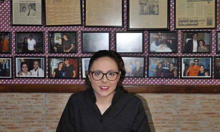 La ceheginera Ángela Molina, entre las mejores profesionales de sala de la región