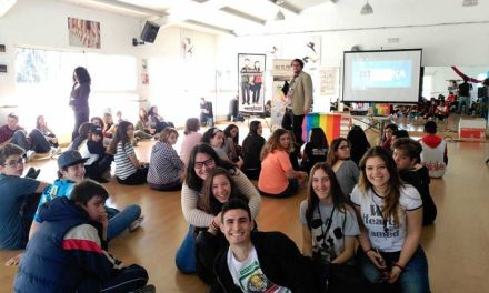 Los corresponsales juveniles reciben formación sobre la diversidad afectiva para evitar posibles conflictos en su entorno