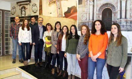 Un programa de empleo público refuerza los servicios de atención turística en Caravaca